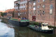 Newark Heritage Barge outside the wharf