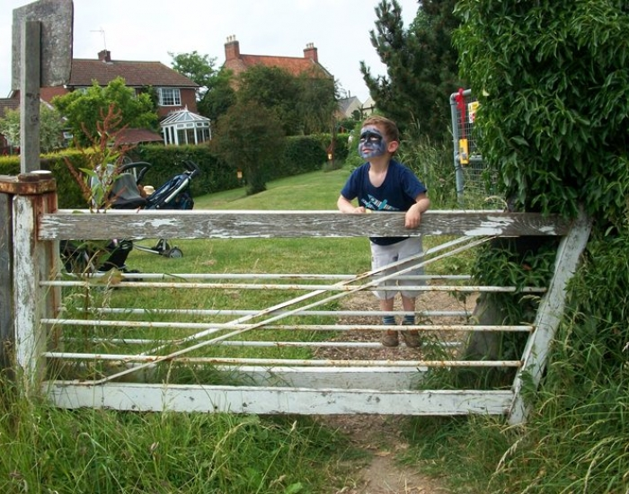Clapper gate at North Muskham